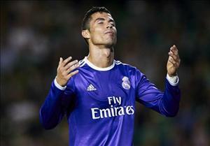 Điểm tin bóng đá sáng 22/10: Ronaldo đòi hoãn gia hạn với Real