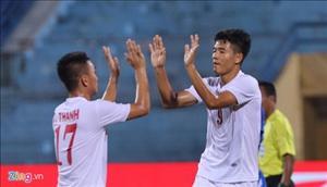 U19 Việt Nam phối hợp đá phạt ghi bàn mở tỷ số đẹp mắt