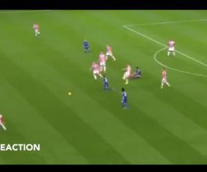 Diego Costa chê đối thủ... hôi nách