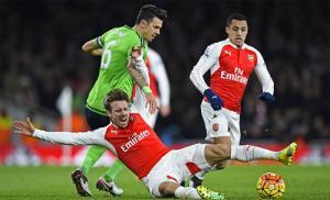 Gạch tên Arsenal, huyền thoại Henry ủng hộ Leicester vô địch nước Anh