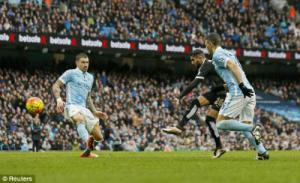 Video clip bàn thắng: Man City 1-3 Leicester (Vòng 25 NHA 2015/2016)