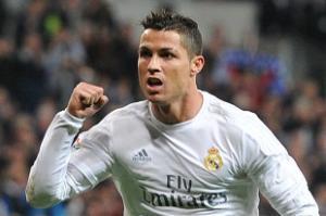 Perez ra tay, Ronaldo mất ngay quyền sút phạt