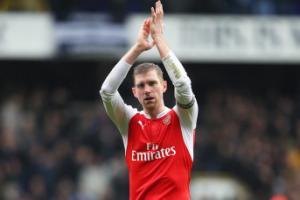 Mertesacker: Arsenal may mắn có được vị trí thứ 2 mùa trước