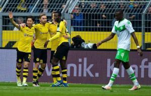 Video clip bàn thắng: Dortmund 5-1 Wolfsburg (Vòng 32 Bundesliga 2015/16)