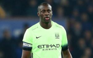 Rời Man City, Yaya Toure ở lại Anh đối đầu đội bóng cũ