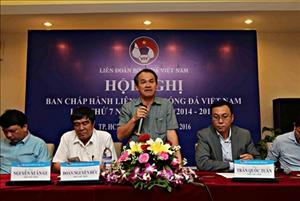 Bóng đá Việt Nam và những nhà quản lý không biết đá bóng