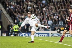 10 pha làm bàn đẹp nhất trong lịch sử các trận chung kết bóng đá