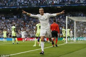 Bàn đá phản giúp Real tái hiện derby thành Madrid ở chung kết Champions League