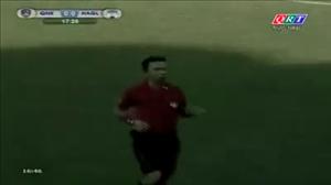 Sự cố lạ ở V-League 2016: Trọng tài quên ... mang thẻ
