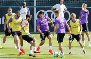 Real thử nghiệm 4-4-2: Khi Zidane muốn đặt dấu ấn riêng