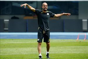 Sau Mourinho, đến lượt Guardiola chê điều kiện mặt sân tại Trung Quốc