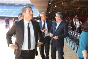 Barcelona vẫn chưa bỏ ý định chiêu mộ thêm tiền đạo
