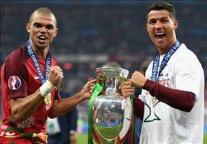 Ronaldo mượn Pepe đáp trả sự tự đắc của Griezmann