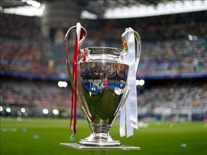 Từ 2018, Serie A giành lại 4 suất dự Champions League