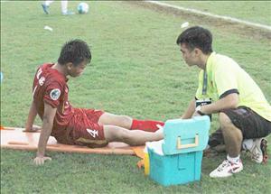 U16 Việt Nam gặp khó vì tiền vệ trụ cột chấn thương