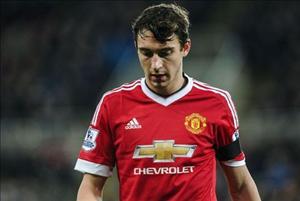 """Derby Manchester: Cơ hội cuối cho """"thanh niên nghiêm túc"""" Darmian"""