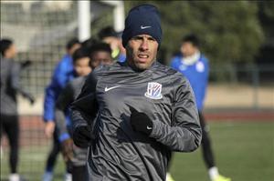 """Tevez lên tiếng về mức lương """"khủng"""" được nhận tại Trung Quốc"""