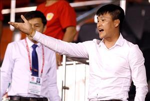 Công Vinh bị tuýt còi vì muốn 'tài trợ' tiền thuê trọng tài V-League