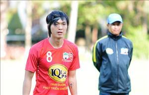 Tuấn Anh khao khát được ra sân cho HAGL ở trận gặp Quảng Nam
