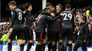 Arsenal thắng lớn, Wenger hết lời ca ngợi Mesut Ozil