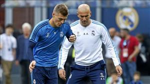 Sao Real Madrid tri ân thầy Zidane
