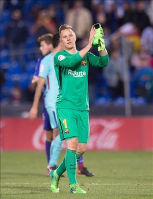 Iniesta ca ngợi phong độ tuyệt vời của Ter Stegen