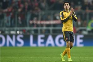 Bellerin thừa nhận Arsenal trải qua một mùa giải thất vọng