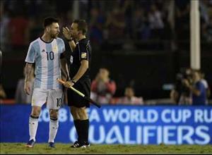 Ngôi sao Messi nổi cơn tam bành với trọng tài trận Argentina 1-0 Chile