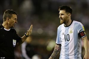 Barcelona bất bình phản đối án phạt của Messi