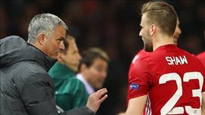 Mourinho khen ngoi Luke Shaw sau tran thang vat va Anderlecht
