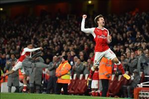 Sao Arsenal hạ mục tiêu toàn thắng đến hết mùa giải