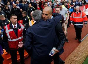 Jose Mourinho vs Pep Guardiola: Chẳng cần đến rượu vang
