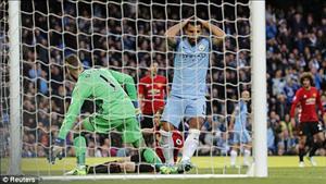 Sergio Aguero kém cỏi và vô duyên ra sao ở trận Man City 0-0 MU