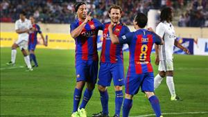 Huyền thoại Barca 3-2 Huyền thoại Real: Show diễn của ảo thuật gia Ronaldinho