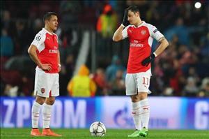 Sanchez và Ozil khiến Arsenal thất vọng mùa này