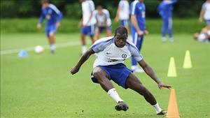 Ký siêu hợp đồng, Chelsea đẩy Kurt Zouma đến Stoke