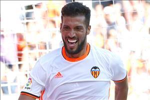 M.U nâng cấp hàng thủ bằng sao Valencia