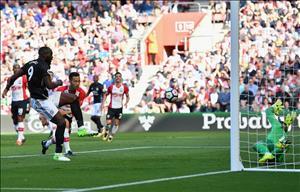 Thấy gì sau chiến thắng tối thiểu của M.U trước Southampton?