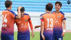 Xuân Trường ra sân, Gangwon FC đánh bại Incheon United