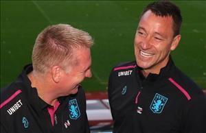 HLV Aston Villa noi gi ve tro ly moi John Terry?