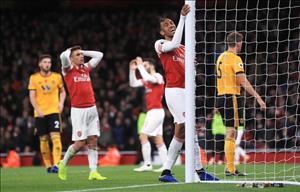 Granit Xhaka đang kéo lùi Arsenal