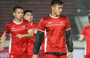 Van Hau, Que Ngoc Hai co nguy co phai nghi thi dau ban ket AFF Cup 2018