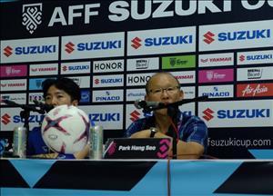 HLV Park Hang Seo từ chối bình luận về bàn thắng hụt của Văn Toàn