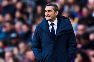 Độc chiếm ngôi đầu La Liga, HLV Barca mơ về cú ăn 3