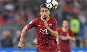 Chi 26 trieu bang cho Under, Arsenal van bi Roma tu choi