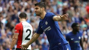 Huyen thoai khuyen Morata o lai Chelsea, tu choi Juventus