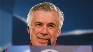 Napoli chinh thuc bo nhiem Ancelotti, Sarri tien gan Chelsea