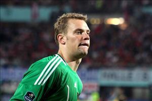 HLV Joachim Loew dự sẵn trường hợp thủ môn Neuer lỡ World Cup 2018