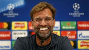 Chu tich Liverpool hua cap bom tien cho Klopp