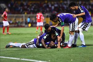 Tong hop: Ha Noi 4-1 Quang Ninh (Vong 13 V-League 2018)